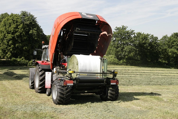 New KUHN i-BIO+ Baler & Wrapper