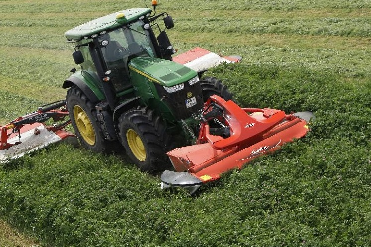 New KUHN Front Mower Conditioner